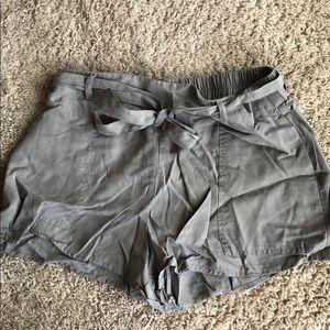 Tobi Gray Paper bag shorts